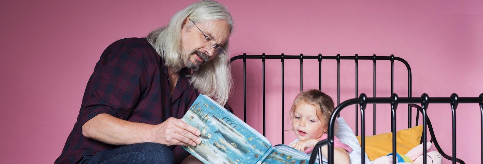 Wat vinden opa's en oma's het belang van (voor)lezen?